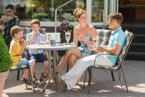 Bad Marienberg - Cafeszene1