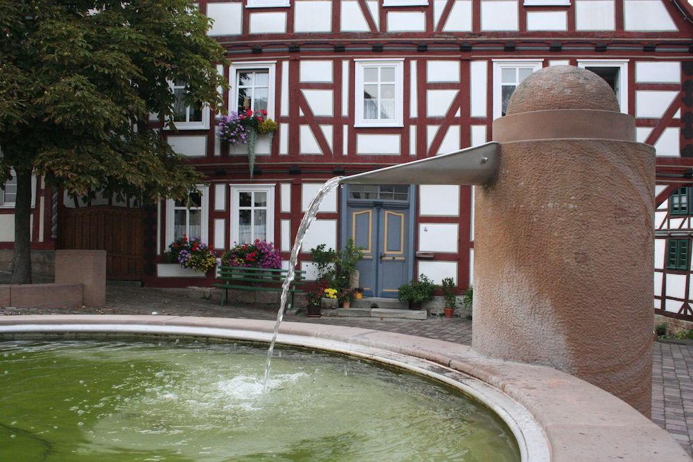 Brunnen am Marktplatz von Naumburg
