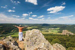 Bruchhauser Steine in Olsberg Blick ins Tal