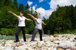 Yoga Übungen in den Alpen