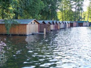 Der Haussee in Feldberg Bootshütten